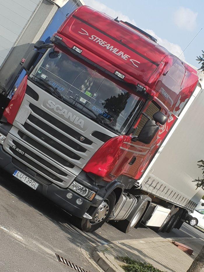 Zestawy międzynarodowe Scania z naczepą typu standard - 4 szt.